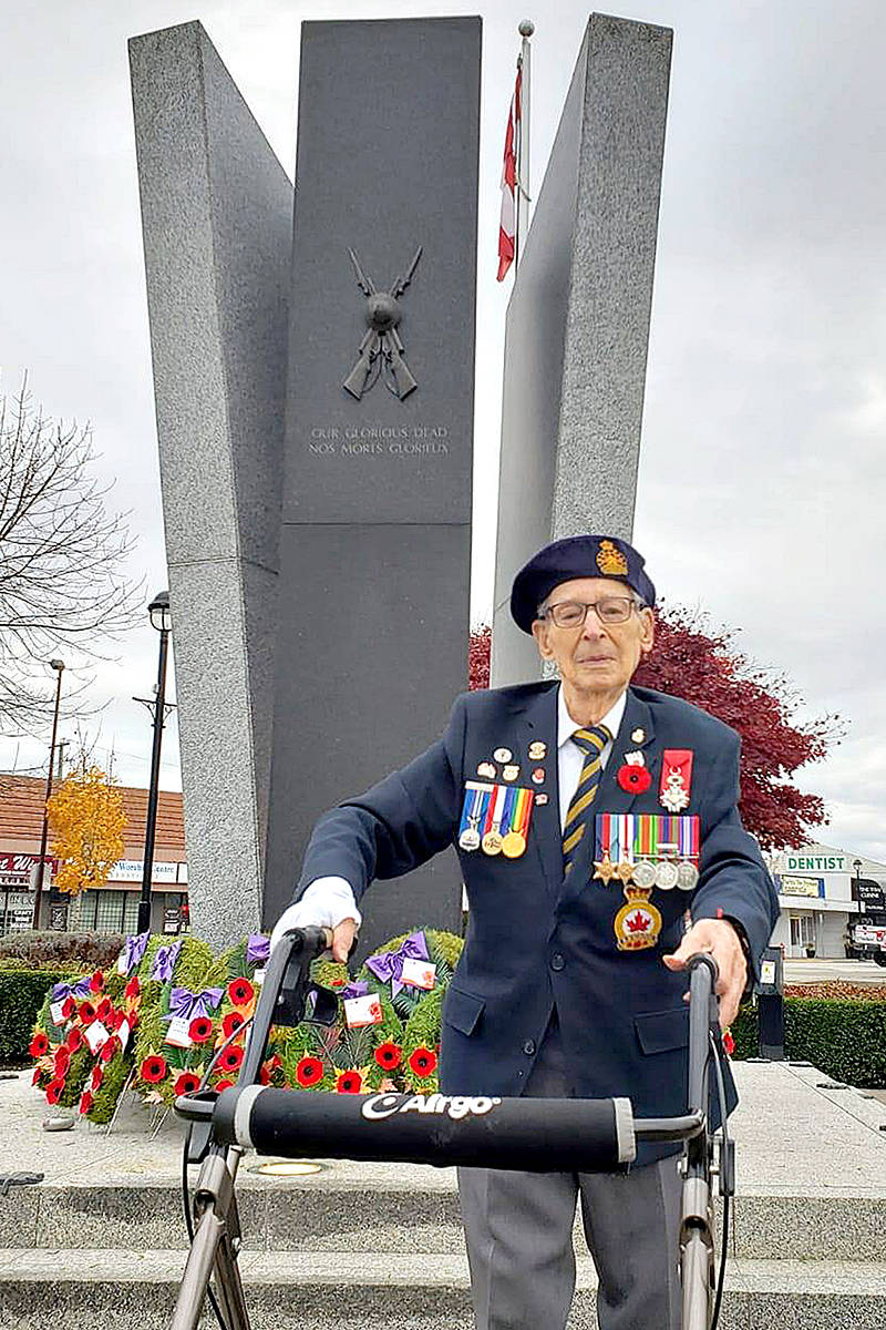 Murrayville's John Swityk had to pay his respects to his fallen comrades from D-Day, as well as all the other soldiers – past and present – who have sacrificed. Despite most Remembrance Day ceremonies being cancelled, the 99-year-old Langley man insisted on visiting the Langley cenotaph Nov. 11, 2020. (TaraLee Richards/Special to Langley Advance Times)