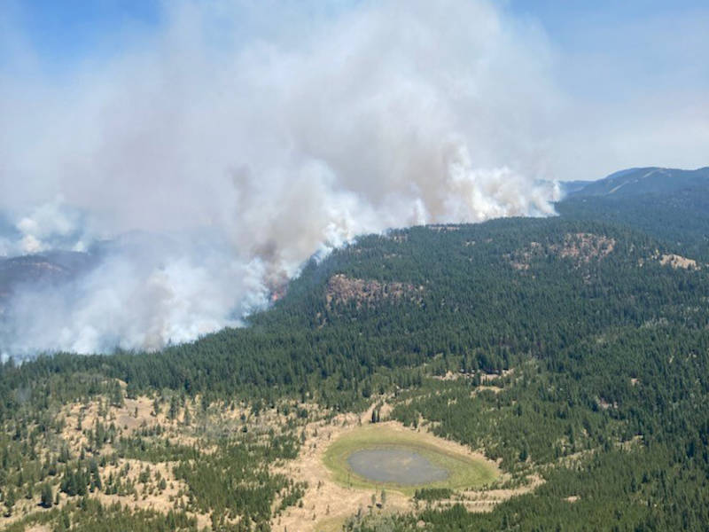 An aerial photo from the White Rock Lake wildfire. (BC Wildfire Service)