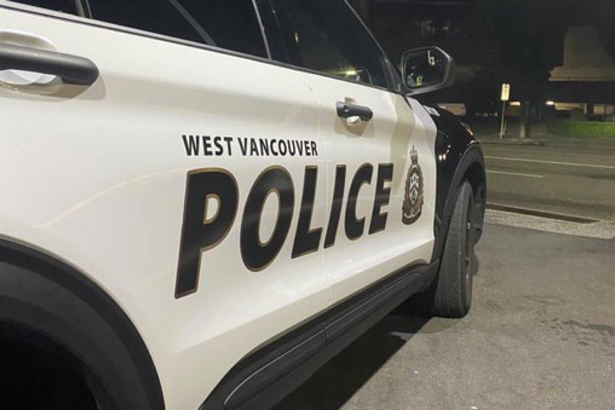 Three arrested for attempting to steal fibre optic cable in West Vancouver. (Twitter/@WestVanPolice)