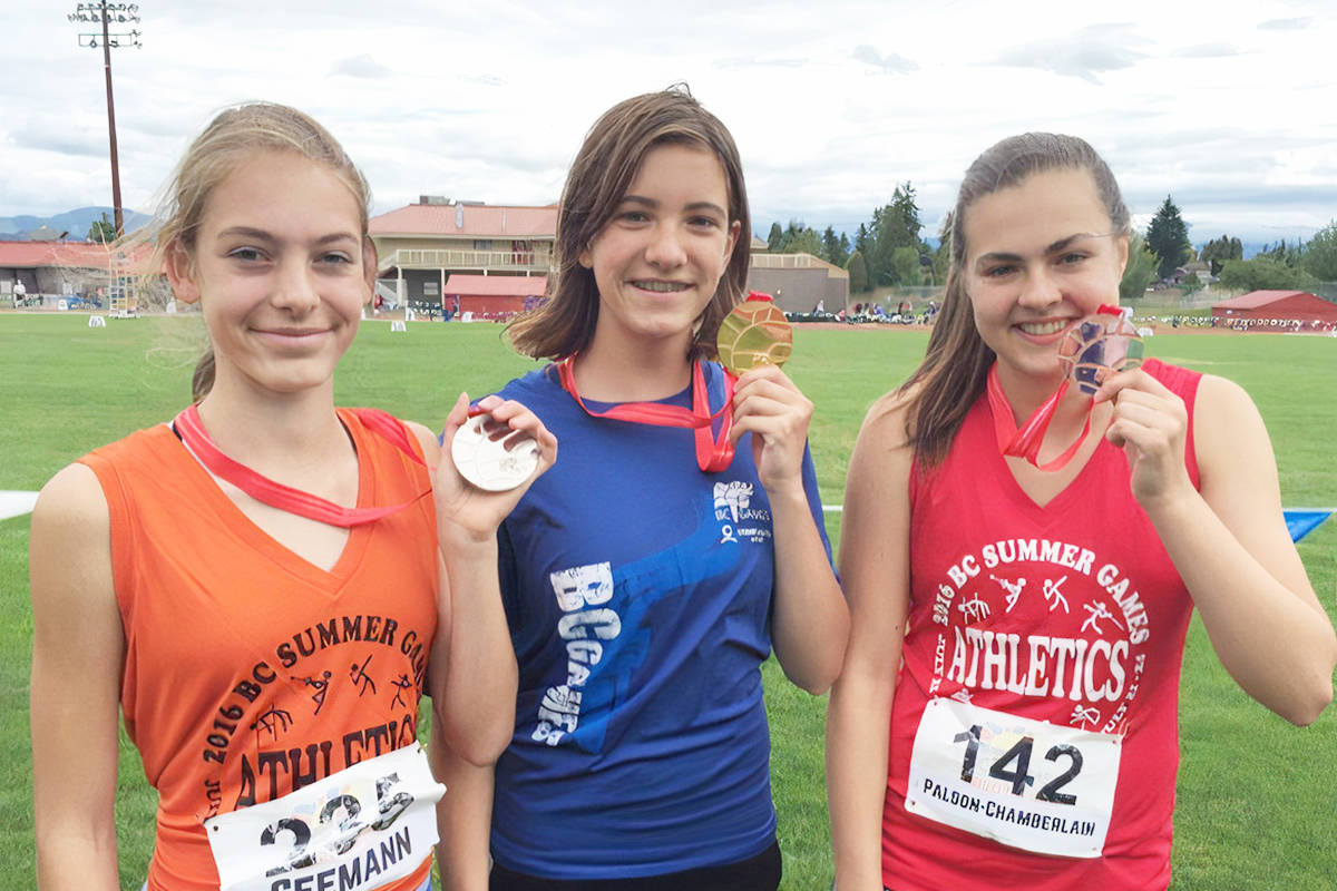 Silver, Carly Seemann, Coquitlam (L); Gold, Eniko Sara, Langley (centre); and Bronze, Gaby Palson-Chamberlain (R), at the 2016 Summer Games. (file)