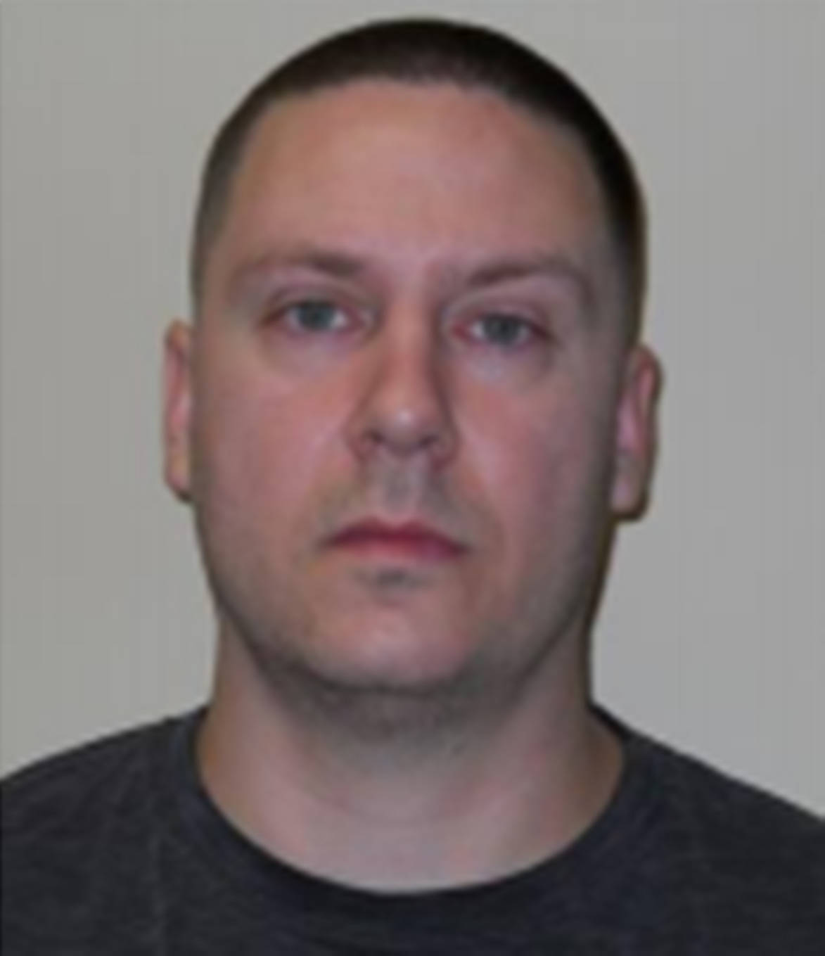 """Name: EMONTS, Denton Age: 38 Height: 6'1"""" ft Weight: 183lbs Hair: Brown Eyes: Hazel Wanted: Traffic in Schedule I/II Substance Warrant in effect: July 22, 2021 Parole Jurisdiction: Vancouver, B.C"""