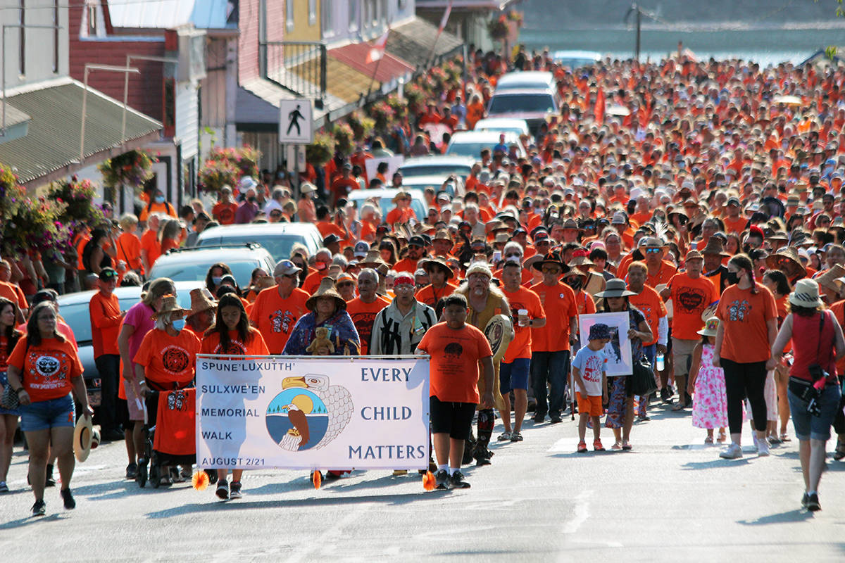 It's a sea of humanity on Oak Street in Chemainus for the Penelakut Tribe's Walk for the Children. (Photo by Don Bodger)