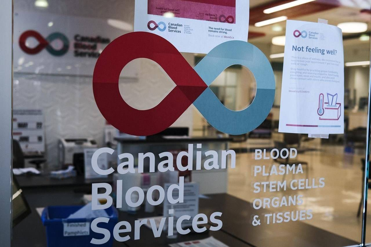 A blood donor clinic pictured at a shopping mall in Calgary on Friday, March 27, 2020. (Jeff McIntosh/THE CANADIAN PRESS)