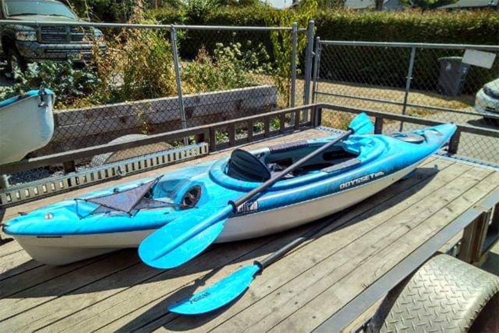 A beautiful new kayak was given to Abbotsford mom Nikki Jensen after hers was stolen from her. She was also given cash to replace it, so she's sending birthday supplies to a child in Nunavut. (Nikki Jensen photo/ Facebook)
