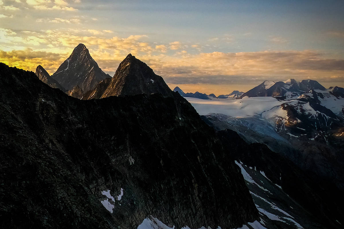 The sun rising over Eagle, Uto Peak and Mt Sir Donald. (Contribued-Eric Carter) The sun rising over Eagle, Uto Peak and Mt Sir Donald. (Contributed-Eric Carter)