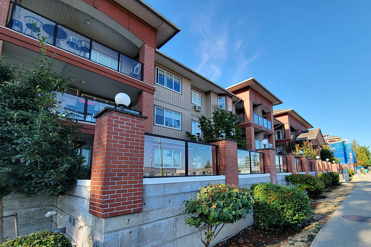 Police, fire and ambulance crews were called out Tuesday night, Aug. 10, to a report of a fall from a balcony in the 19700 block of 56 Ave. in Langley City. (Dan Ferguson/Langley Advance Times)