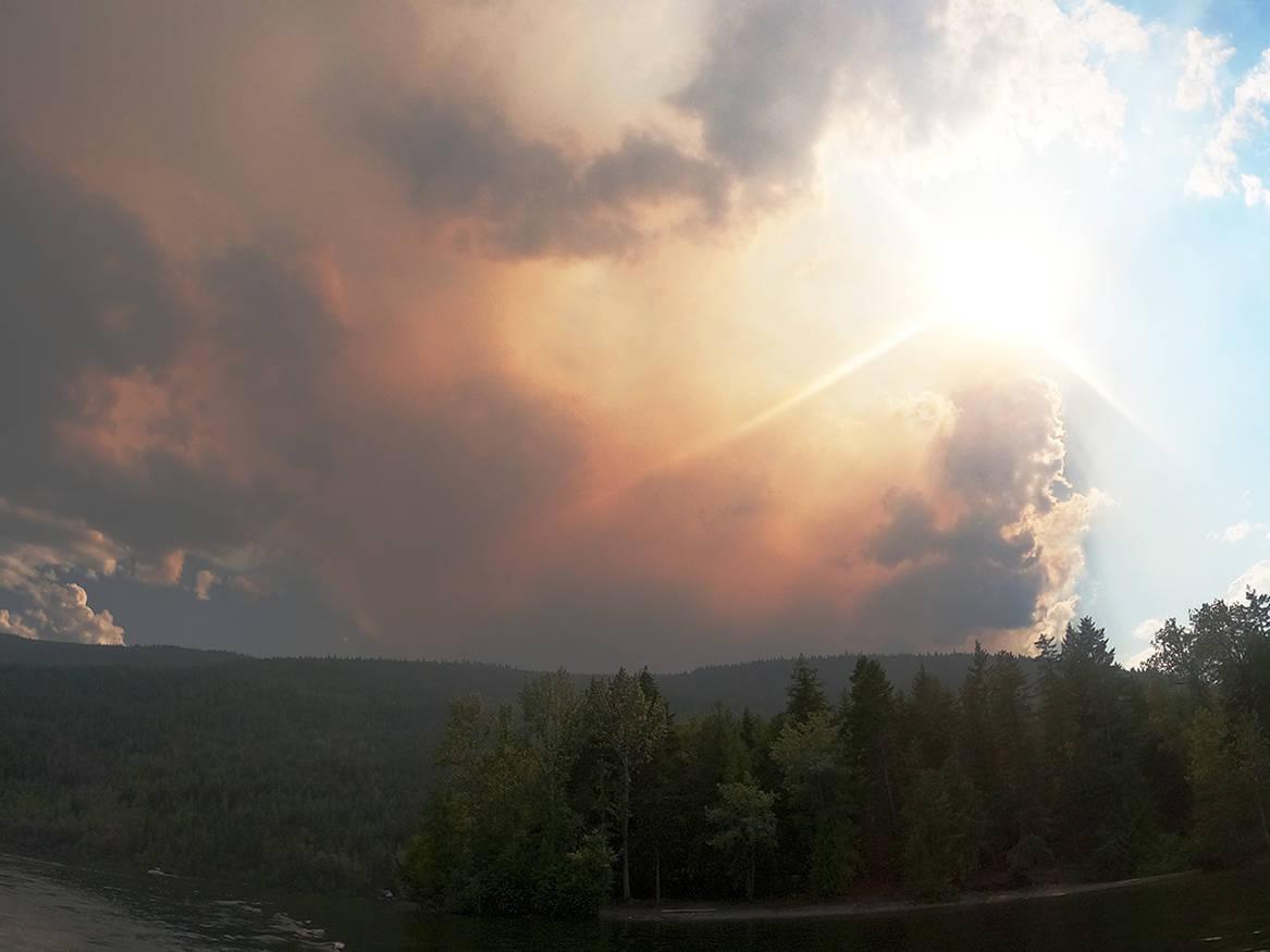 Adams Lake when the Embleton Mountain fire flared up in August 2021. (Stephanie Hagenaars/Black Press Media)