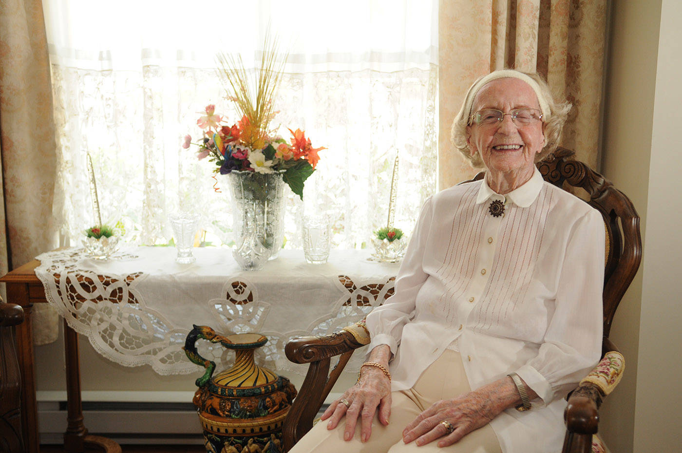 Hedy Sutulov, seen here on Aug. 12, 2021, turned 107 on Aug. 18, 2021. (Jenna Hauck/ Chilliwack Progress)