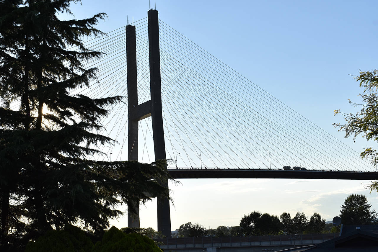 Overnight and weekend lane closures on the Alex Fraser Bridge to allow for routine maintenance work begin this Sunday (Aug. 22) and are scheduled to last until January 2022. (James Smith photo)