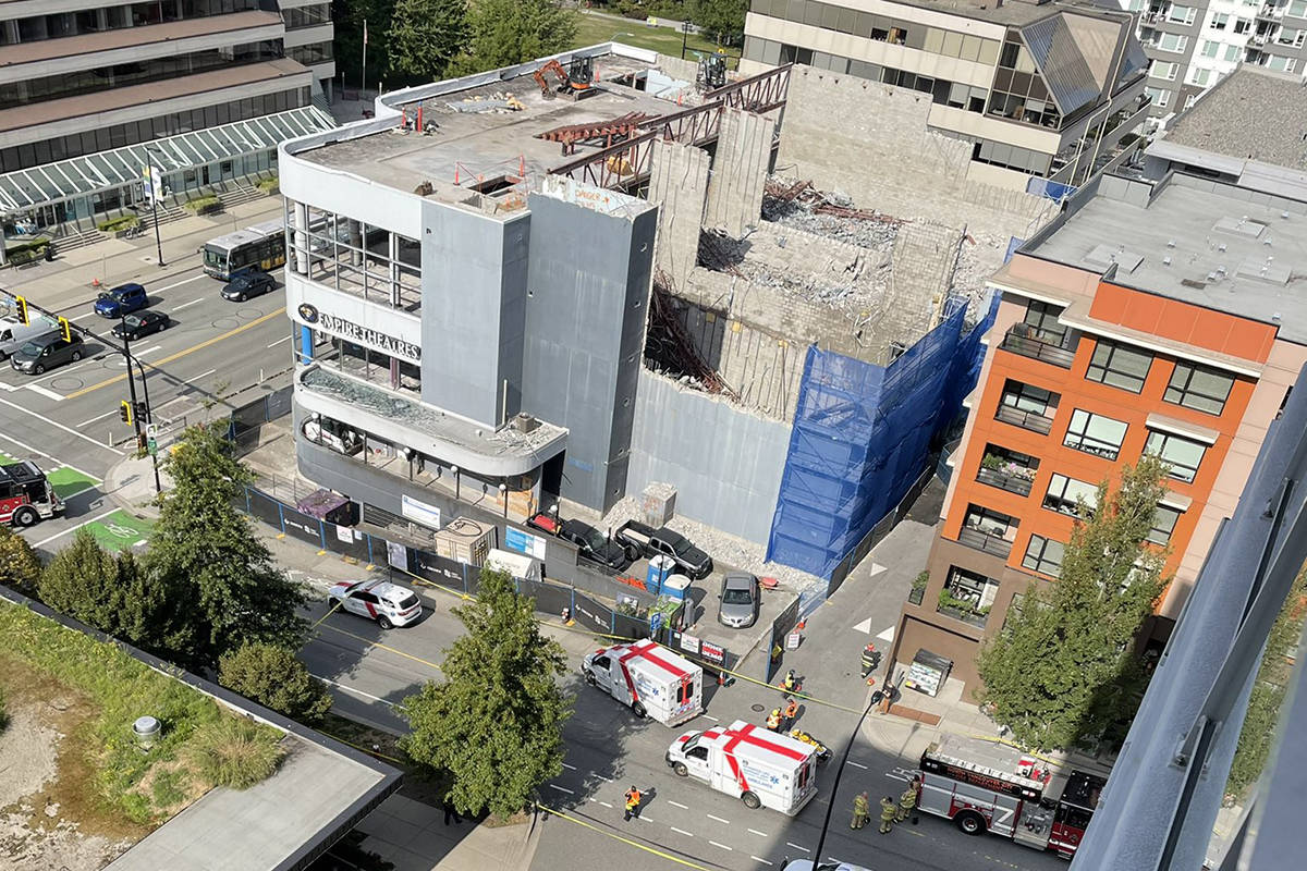 Emergency vehicles responded to the scene at the former Empire Theatres building in North Vancouver after the building partially collapsed during construction. (Nigel Hubbard/Twitter)