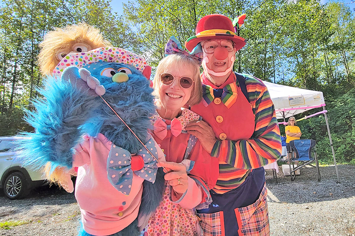 Clowns greeted visitors to the drive-up version of Aldergrove Fair (Dan Ferguson/Langley Advance Times)