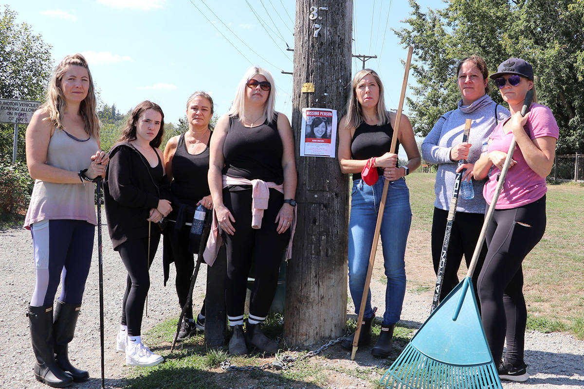 Langley residents Tatiana Tomljanovic, Taylor Mitchell, Antonella Mitchell, Christie Jackson, Stacy Larson, Rebecca Smigel, and Robyn Robertson were just some of the roughly 60 people who searched Brydon Lagoon on Wednesday, Sept. 1, 2021 for any leads into the whereabouts of Naomi Onotera, who was last seen Aug. 28, 2021. (Joti Grewal/Langley Advance Times)
