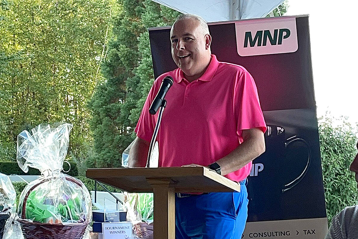Steve Darling was the emcee for the 35th annual Greater Langley Chamber of Commerce golf tournament this past week at Redwoods – a near-sell-out event. (Special to Langley Advance Times)