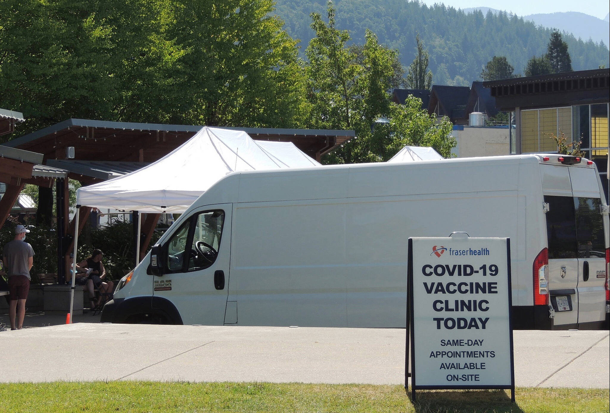 A pop-up COVID-19 vaccine clinic in the Fraser Valley. Health authorities are using a combination of mobile and pop-up clinics to make vaccination more convenient. (Adam Louis/Agassiz-Harrison Observer)