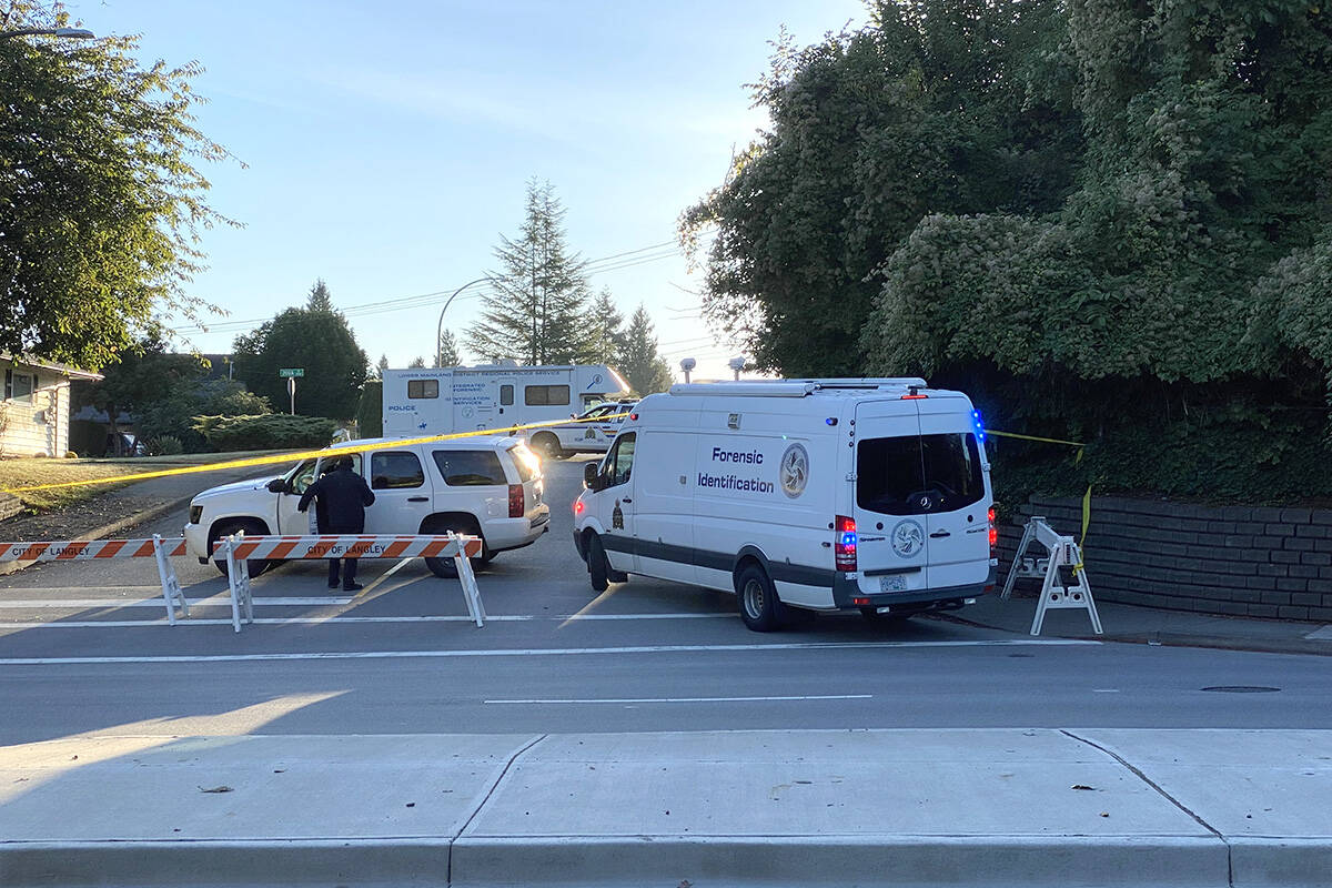 Forensic investigators could be seen returning to missing Langley woman Naomi Onotera's home at 200th Street and 50th Avenue Thursday morning, Sept. 16, 2021. On Wednesday, IHIT was called in to assist Langley RCMP's Serious Crime Unit. (Joti Grewal/Langley Advance Times)