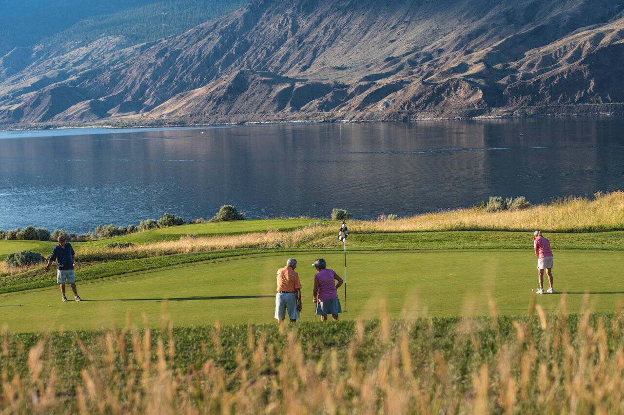 After a summer looking after family and friends, take some time this autumn for a couple's vacation to Kamloops. Photo: New Parallel Productions/Tourism Kamloops
