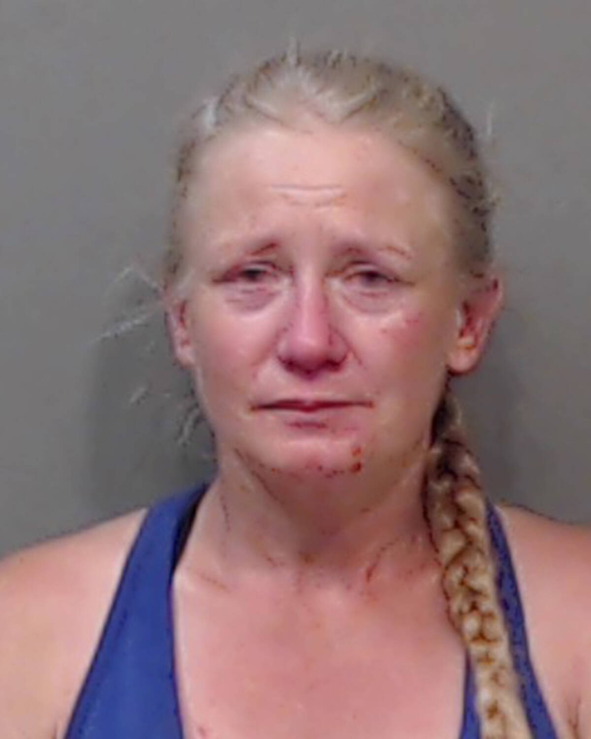 """Name: MCDONALD, Raina Age: 42 Height: 5'2"""" ft Weight: 115lbs Hair: Blonde Eyes: Blue Wanted: Breach of Release Order Warrant in effect: September 14, 2021 Parole Jurisdiction: Chilliwack, BC"""