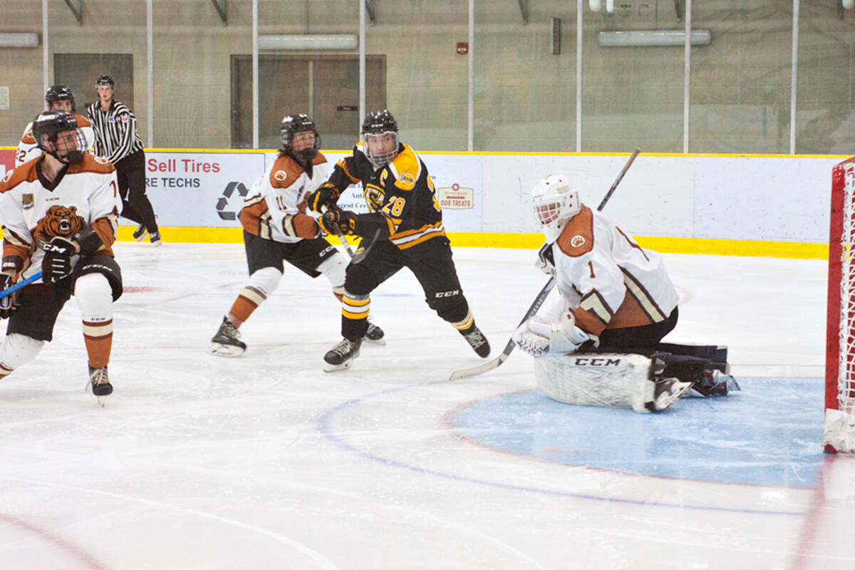 Kodiaks goalie Kai Koerner only allowed one goal, but that was all the Steelers needed to win a narrow victory on Sept. 15. (Kurt Langmann/special to Langley advance Times)