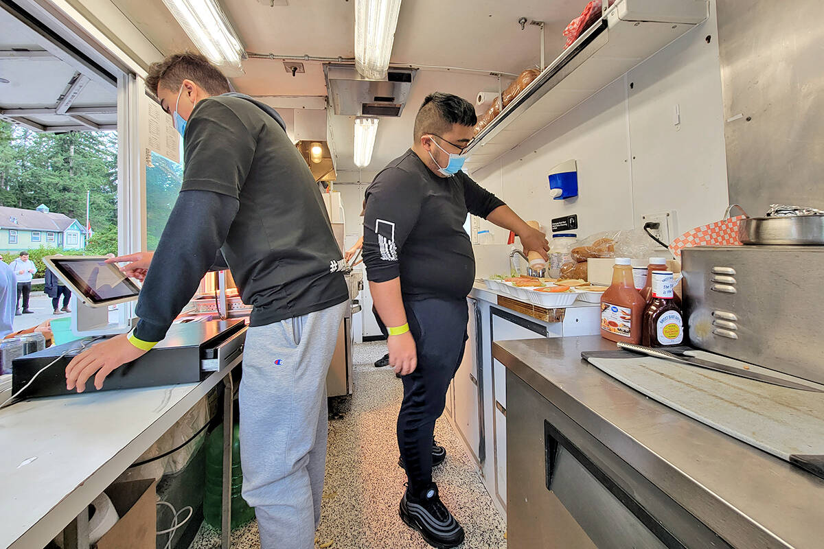 Food trucks were serving the Fort Langley Beer and Food Festival on Saturday, Oct. 2. (Dan Ferguson/Langley Advance Times)