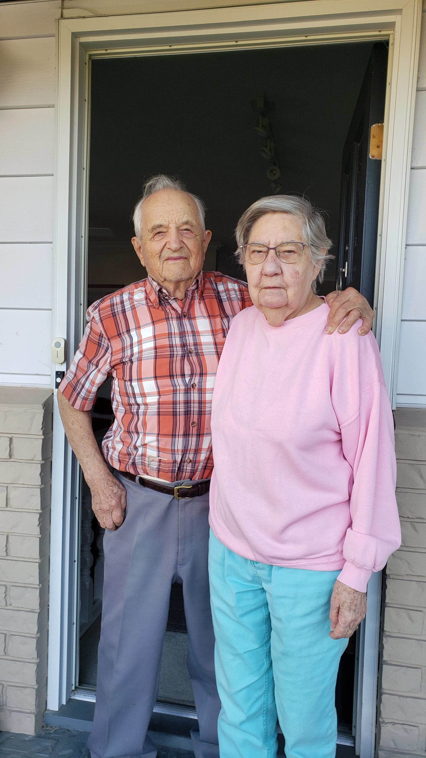 Aldergrove couple, John and Edna Wicentowich celebrate 70 years of marriage (Lorea Wicentowich/Special to The Star)