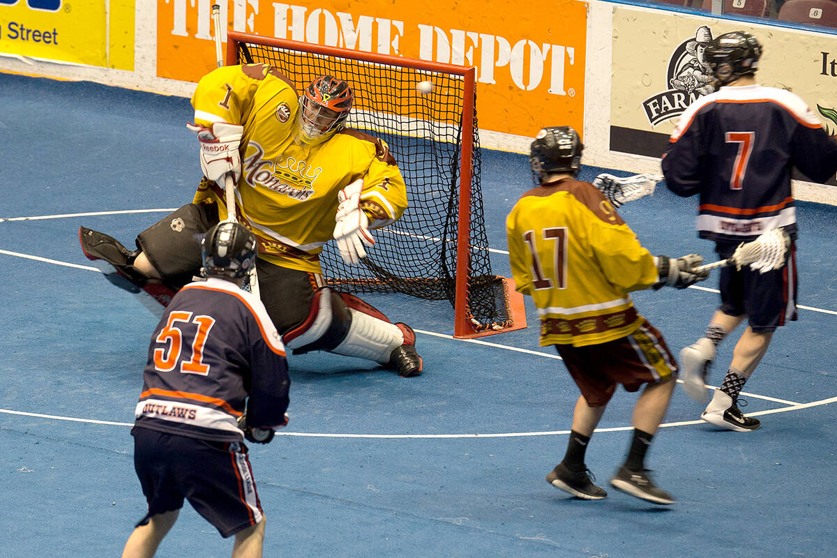 Oshawa Outlaws vs Toronto Monarchs ALL playoff action from the 2017 season.(Tim Prothero Vintage Lax/Special to Langley Advance Times)