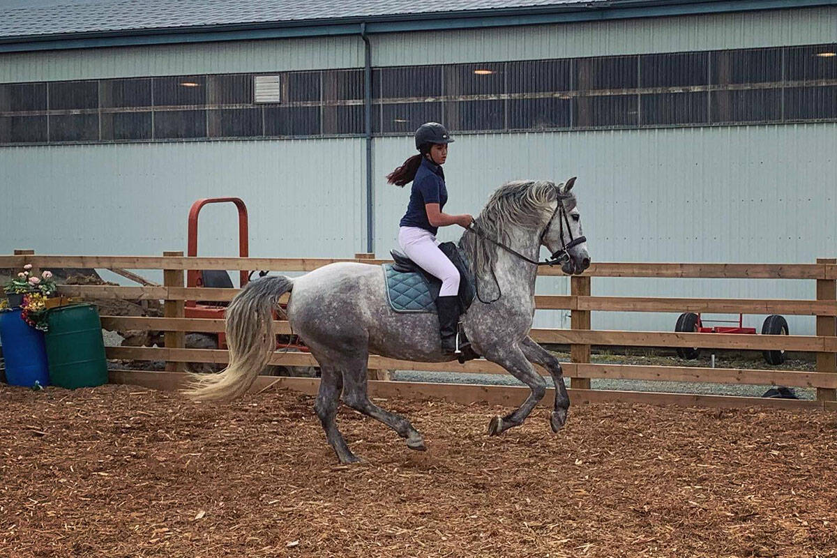 Young Unicorn Club member learning to ride a horse (Alliance Training & Stud/Facebook)