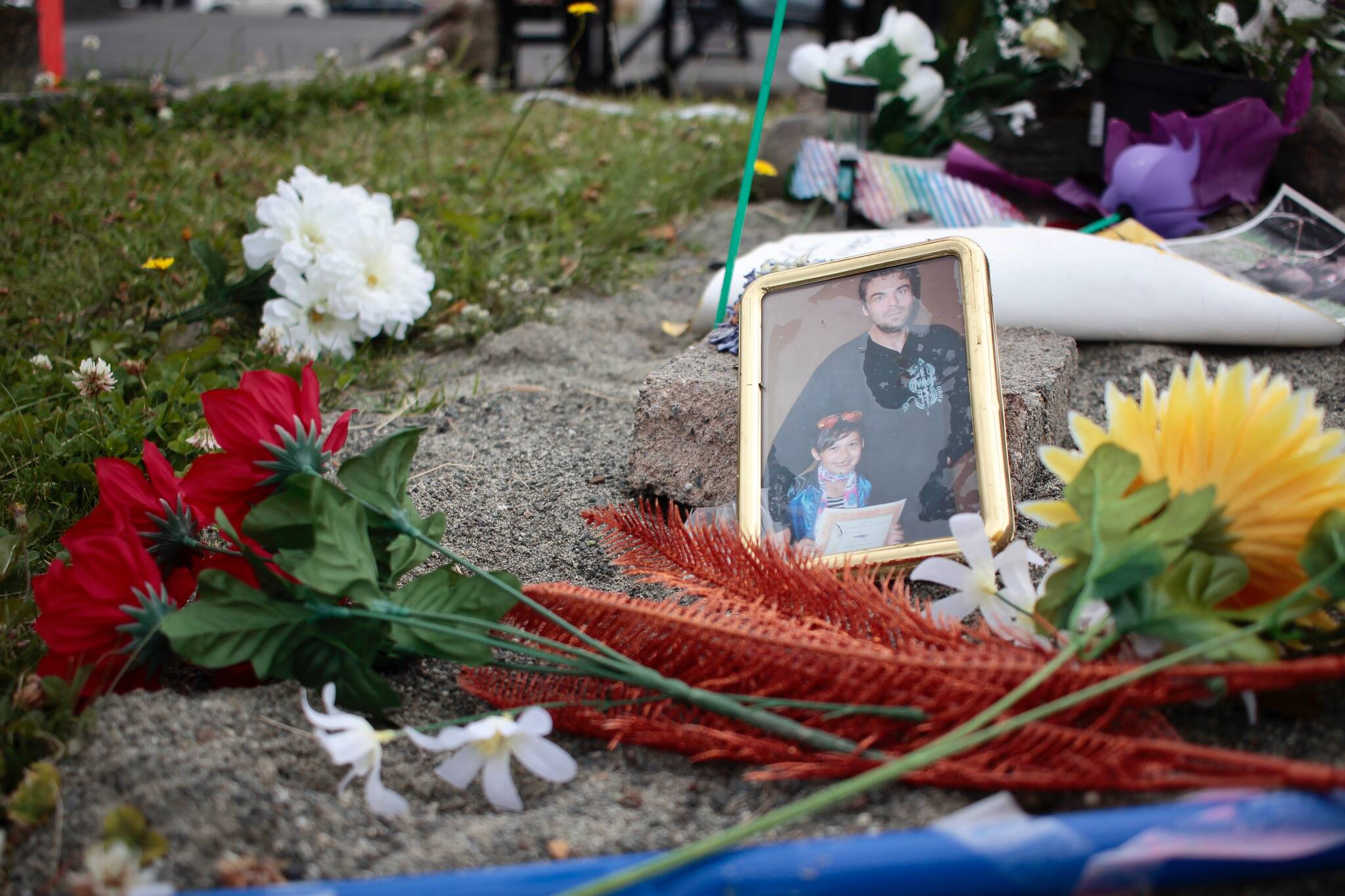 A memorial was set up for Jared Lowndes at the Campbell River Tim Hortons where the incident took place. Photo by Marc Kitteringham / Campbell River Mirror