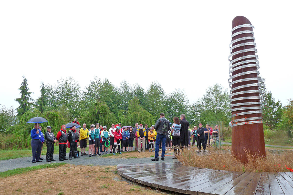People gathered at the Derek Doubleday Arboretum in 2018 (Aldergrove Star files)