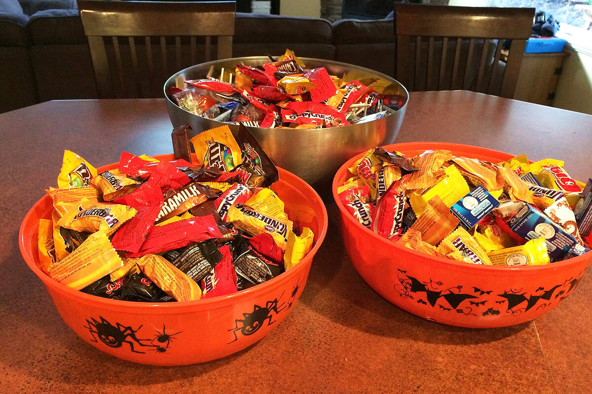 CandyStore.com analyzed 14 years of sales data to determine the most popular Halloween candy. (Black Press Media file photo)