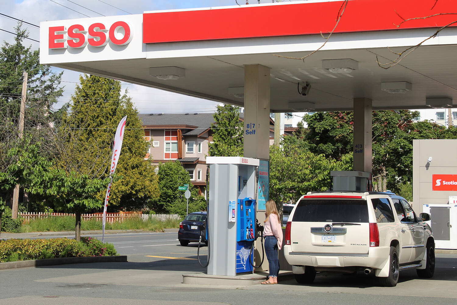 According to Statistics Canada, prices at the gas pump rose 32.8 per cent in September 2021 compared with September last year as inflation rose 4.4 per cent on a year-over-year basis in September, the fastest pace since February 2003. (Black Press Media File)